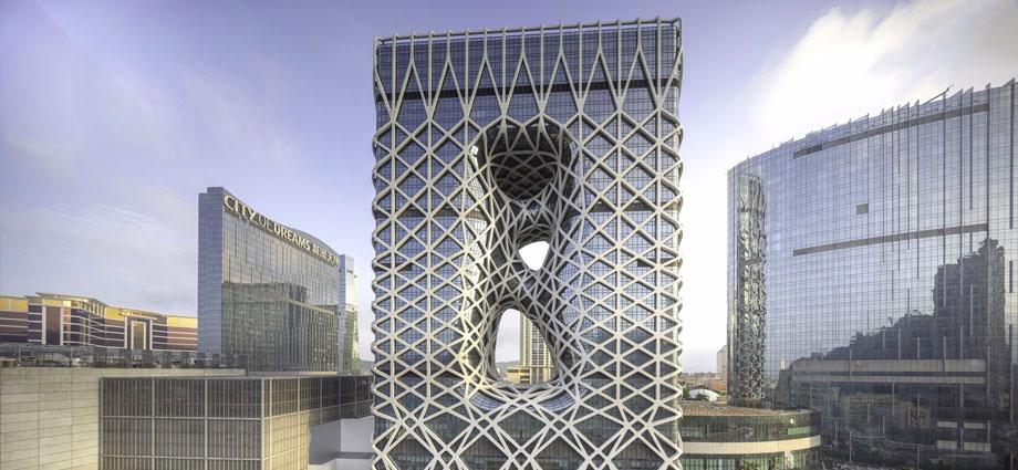 扎哈·哈迪德建筑事务所又一力作!颠覆传统的澳门全新地标酒店,震撼开幕!