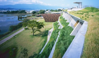 用建筑演奏出风弦琴般的声效,琵琶湖setre marina酒店
