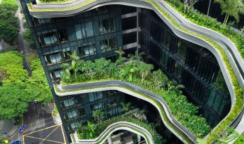 怀抱有机形状的空中花园,皮克林宾乐雅酒店
