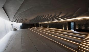 光与墙,或灯光设计与建筑空间