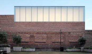 工厂改造成的工作室和画廊