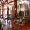 疯狂改造——是啤酒厂是餐厅也是成人广场!我们负责可劲儿耍