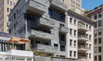 贝克街上的别样视觉——粗凿立面创崖洞般住宅