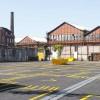别人家的停车场——在场地中增添一抹黄,点亮整个工业风停车场