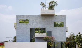 Binh住宅,将绿色空间带进家里