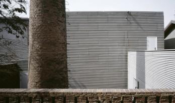 极端对比,视觉游戏——南画廊 / 张雷联合建筑事务所