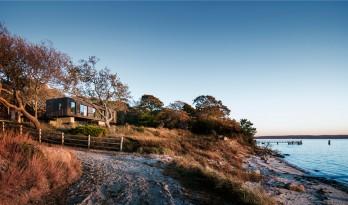 背靠森林,面朝大海:Shore House