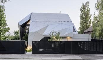 折叠立面,这座住宅未来感十足