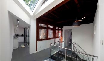 古典与现代的碰撞——沙滩四合院 / WEI建筑