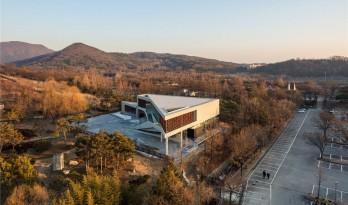 """光影灼灼,木""""叶""""斑驳——Mokyeonri木材文化博物馆"""