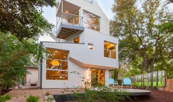 一次板材的视觉拼图,一座彻底的住宅改造