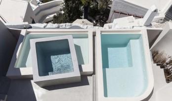 蓝与白的合奏——希腊圣托里尼滨海度假屋