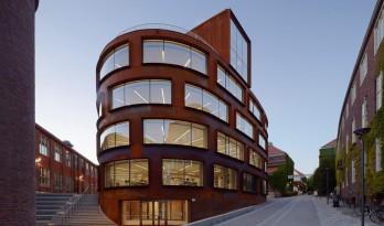 外形圆润,平面自由——皇家理工学院新建筑学院大楼