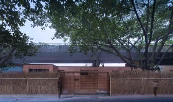 东西餐厅——深圳中国杯帆船会所餐厅 / 水平线空间设计