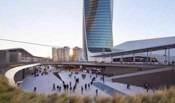 米兰CityLife商业区正式开幕 / Zaha Hadid Architects