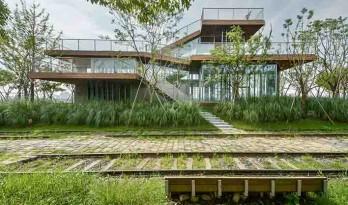 格楼书屋——漂浮在树林中的平台 / 山水秀建筑事务所