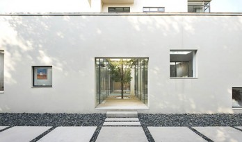 BMLZ别墅办公室——一处生长在庭院里的工作场所