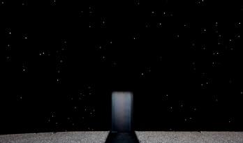 """地球上首座""""黑洞建筑""""?阿西夫·卡恩揭幕2018年冬奥会""""超黑展馆"""""""