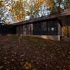 历史感与现代性兼具的林间小筑