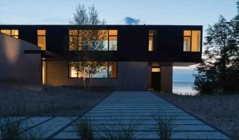 混凝土,木材和玻璃的协奏曲——密歇根湖畔的宁静住宅