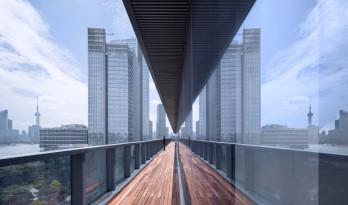 突破与平衡之码头新空间——上海建发大厦 / gad