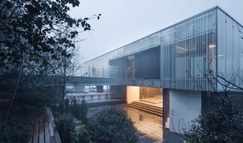 边界中塑造场所——宁波万科白石湖东社区中心 / 水石设计