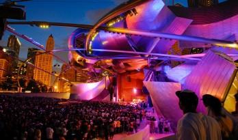 盖里新作 /不锈钢面板打造出的露天音乐圣地