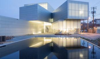 斯蒂芬·霍尔新作:美国弗吉尼亚联邦大学当代艺术研究中心