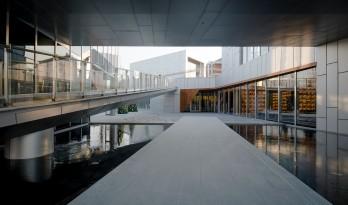 自由随性,不拘泥于套路 — 北京天空图书馆