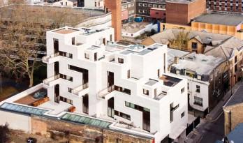 """复杂交错的立面与室内空间,伦敦""""空间之谜""""公寓楼"""