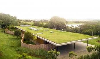 屋顶是一片巨型草坪 — 圣保罗Planar住宅