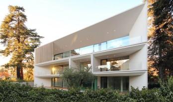 通透优雅,消解于环境的Runkelsteiner住宅