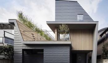 如何在密集的住宅区兼顾采光与私密 — 日本南雪谷住宅
