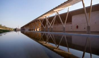 人字形马厩和仓库 — Peñafiel & Valdivieso Arquitectos