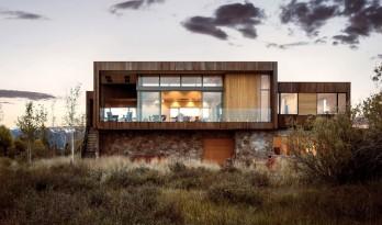 漫漫荒草中的一块基石—提顿山谷度假别墅