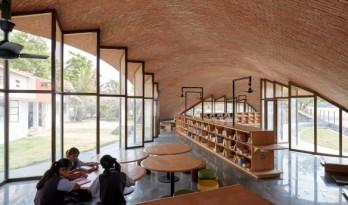 """一座用红砖砌造而成的""""建筑景观""""——印度拱形图书馆"""