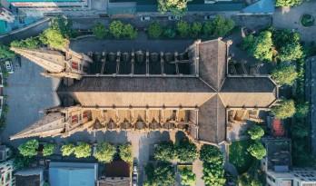 中国式的哥特大教堂是怎么一步步建成的?
