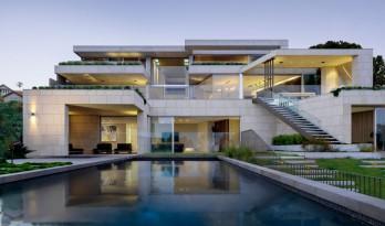 与山岩相融,与悉尼港对望的Mosman住宅