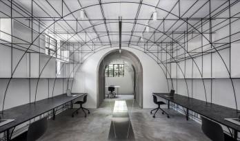 """上海办公空间 """"点、线、面"""" 改造设计 / 度向建筑"""