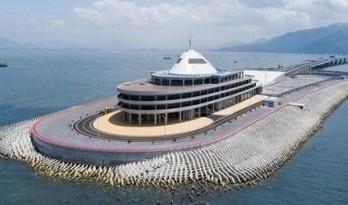 港珠澳大桥人工岛用什么材料建成?