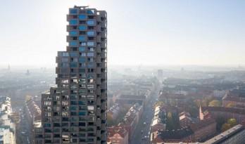"""粗野主义、模块化、摩天大厦,OMA又搞出了一栋""""不妥协""""的云端建筑"""