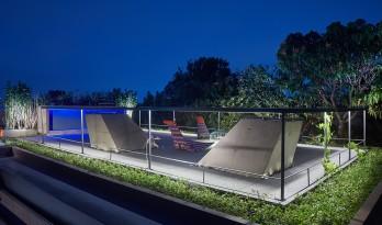 清透现代的玻璃盒子/巴西盒子住宅