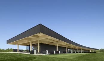 高端高尔夫俱乐部会所 / Architecture49
