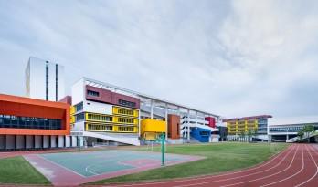 嵌套的多彩盒子:华中师范大学附属龙园学校 / 筑博设计-联合公设 + H DESIGN