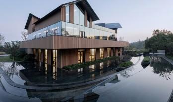 仁恒南京凤凰山居温泉会所 / 上海中房建筑设计