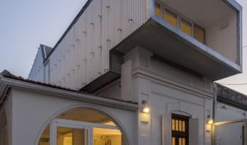 新旧融合,将立面设计种植成垂直花园 / 玛尔塔住宅