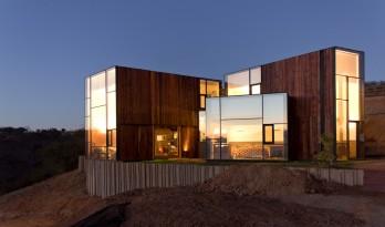 """染上了时间的印记——""""老化""""的美感:智利橡树住宅"""