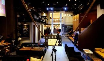 6WEI空间咖啡厅,属于一座城市的空间 / 大晓建筑工作室
