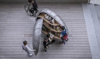 共享瓢虫——可动的微型儿童书屋 / 罗宇杰工作室
