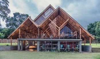 轻盈明快,如掠过草地的轻燕:山森日式餐厅/ TERRAIN architects